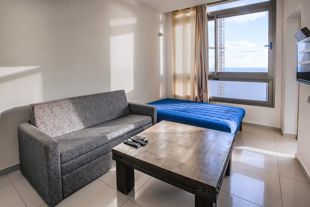 One Bedroom Sea View Apartment 505