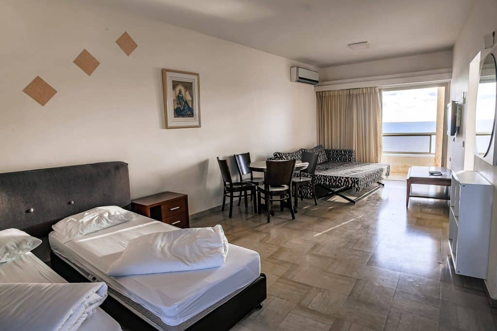 Spacious Bedroom Apartment with Sea View 507